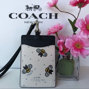 ✅❤️❎ Coach ID Lanyard with Bee Print F26654